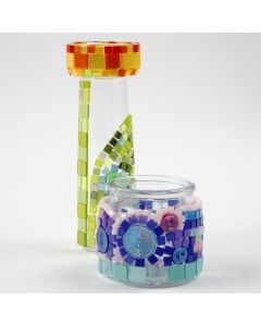 Minimosaiikkia lasipinnassa