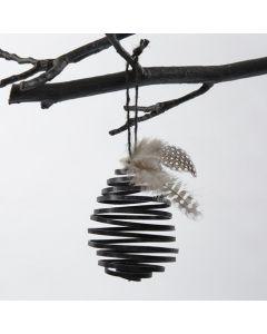 Alumiininauhasta valmistettu koristemuna