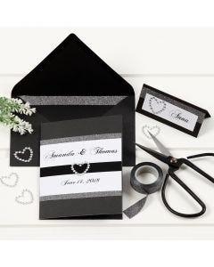 Musta kortti design-teippireunuksilla