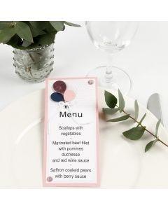 Ilmapalloilla koristeltu menukortti