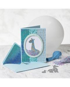 Ravistuskortti ja kirjekuori käsintehdystä paperista kirahvikuviolla.