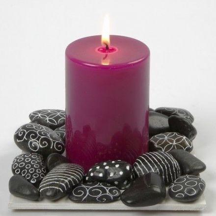 Kivinen kynttiläalusta