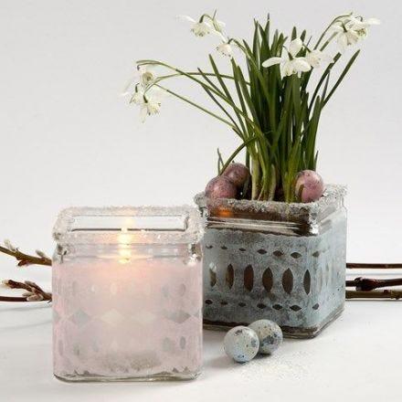 Silkkipaperilla koristeltu lasipurkki