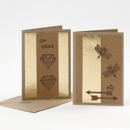 Nahkapaperilla koristeltu kortti