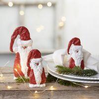 Kipsinauhalla muotoiltu puinen joulupukki