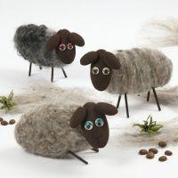 Lammas, styrox-soikioista ja villasta