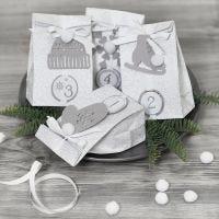 Koristellut joulukalenteripussit