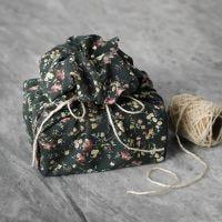 Uudelleen käytettävä kangas lahjapaketti